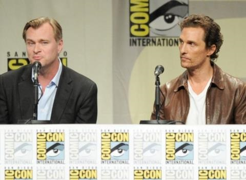 News video: Comic-Con: Christopher Nolan Makes Surprise Appearance To Promote 'Interstellar'